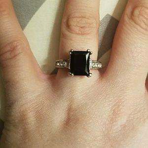 Size 7 14 K White Gold & Black Sapphire Ring